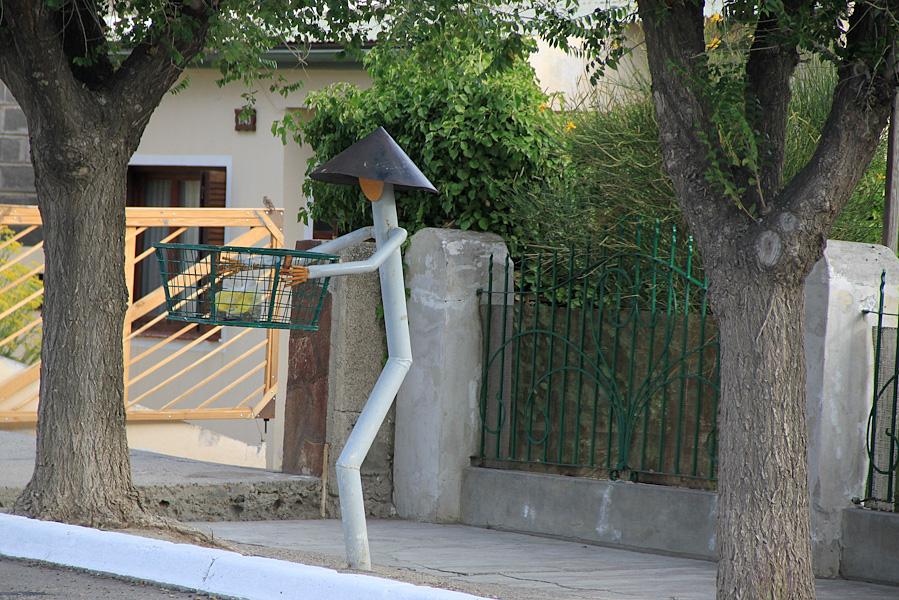 http://reports.frankazoid.com/201102_penguins/IMG_9709.jpg