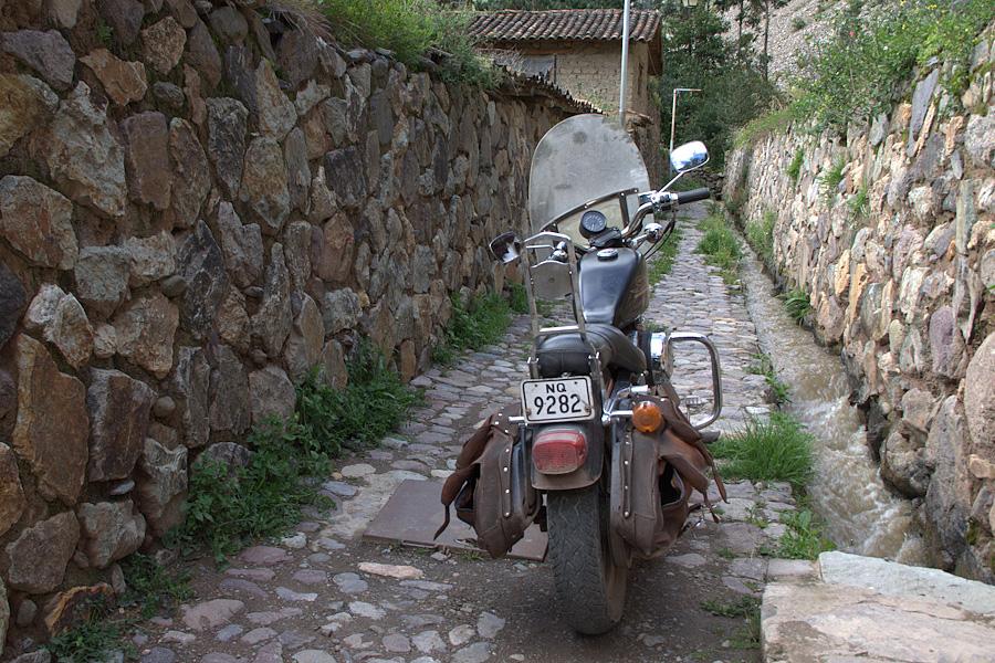 http://reports.frankazoid.com/201103_cuzco/IMG_2924.jpg