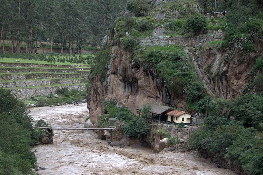 http://reports.frankazoid.com/201103_cuzco/IMG_2988.jpg