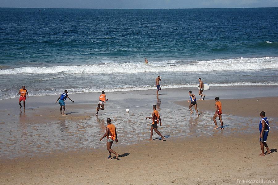 http://reports.frankazoid.com/201107_salvador/DSC01306.jpg