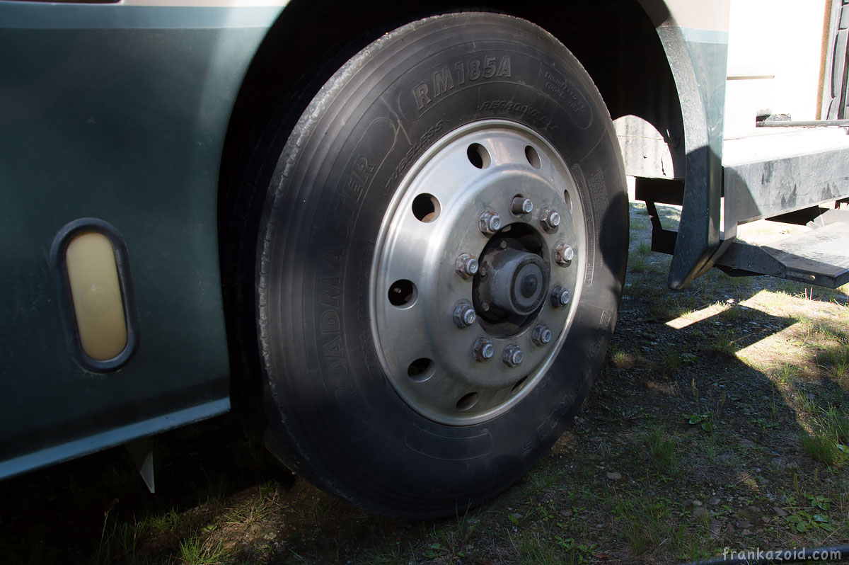 Motorhome DIY wheel removal