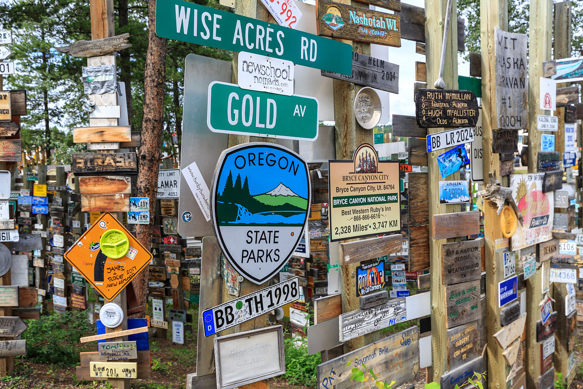 Watson lake, Sign post forest