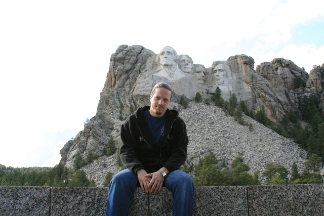 http://travel.frankazoid.com/https://reports.frankazoid.com/2009_rushmore/IMG_6660.jpg