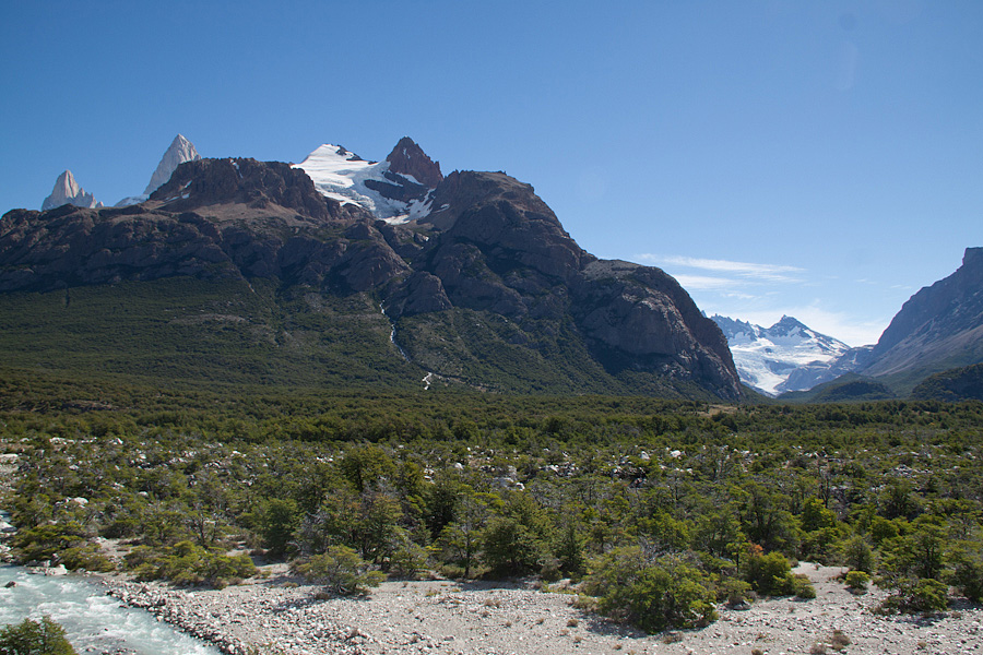 https://reports.frankazoid.com/201102_patagonia/IMG_1738.jpg
