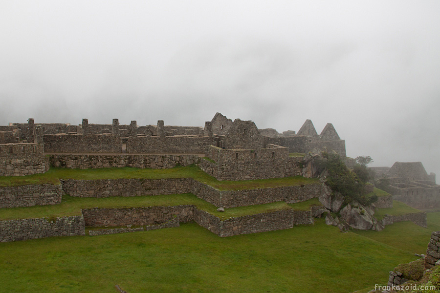 https://reports.frankazoid.com/201103_machupicchu/_MG_3095.jpg