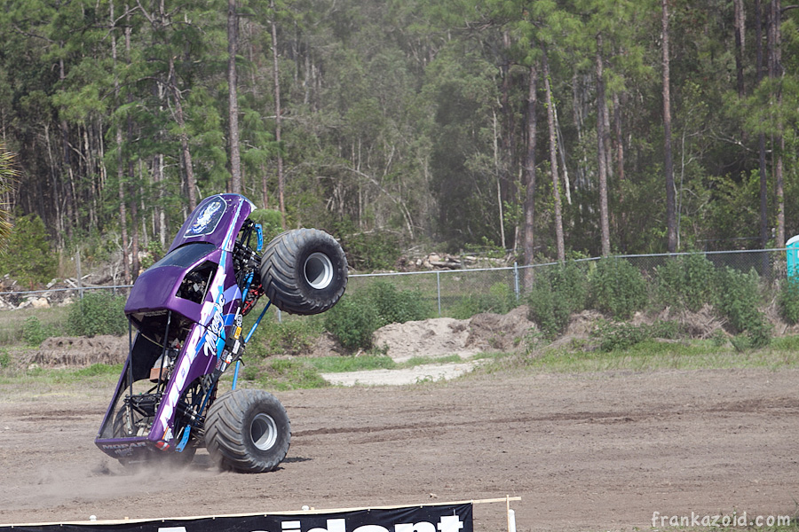 https://reports.frankazoid.com/201104_monsterjam/_MG_3797.jpg