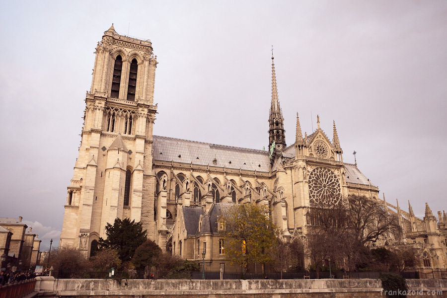 https://reports.frankazoid.com/201112_paris/_MG_1673.jpg