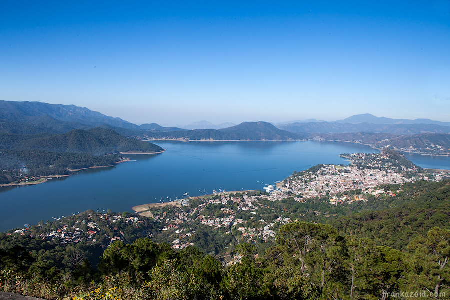 Mexico - Valle de Bravo, 2012 photo